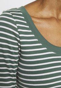 edc by Esprit - FLOW  - Topper langermet - khaki green - 5