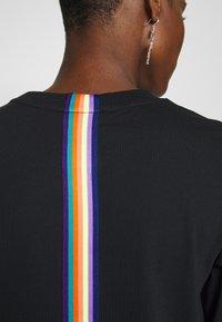 edc by Esprit - RAINBOW TAP - Topper langermet - black - 5