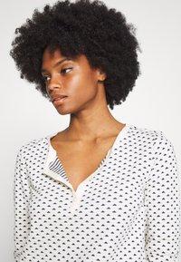 edc by Esprit - DOUBLE FACE - Topper langermet - off white - 3