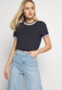 edc by Esprit - Print T-shirt - navy - 0