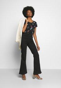 edc by Esprit - CORE - T-shirts med print - black - 1