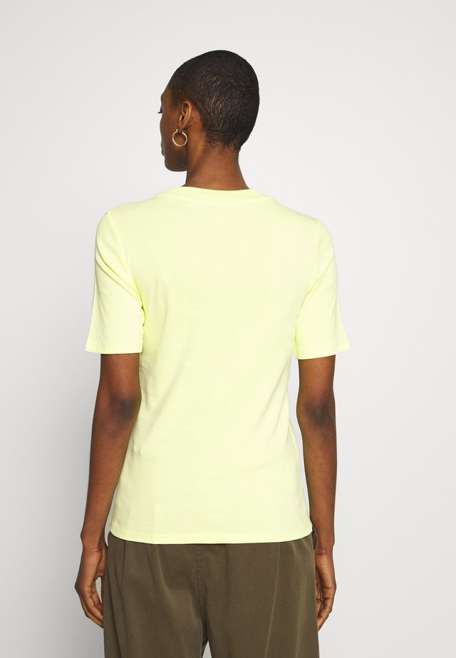 CORE TEE - T-shirt basic - lime yellow