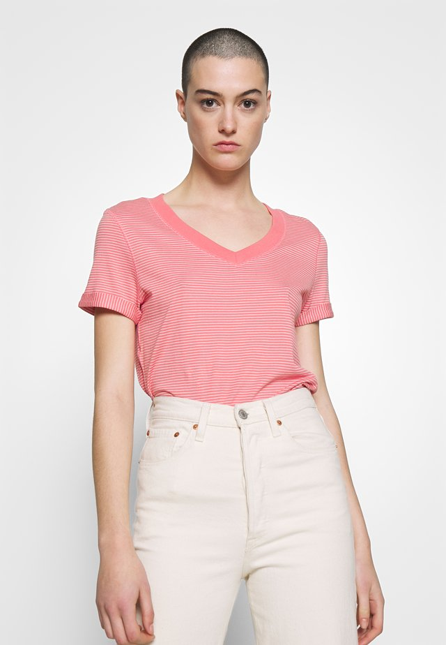 SLIM STRIPE TEE - Camiseta estampada - coral