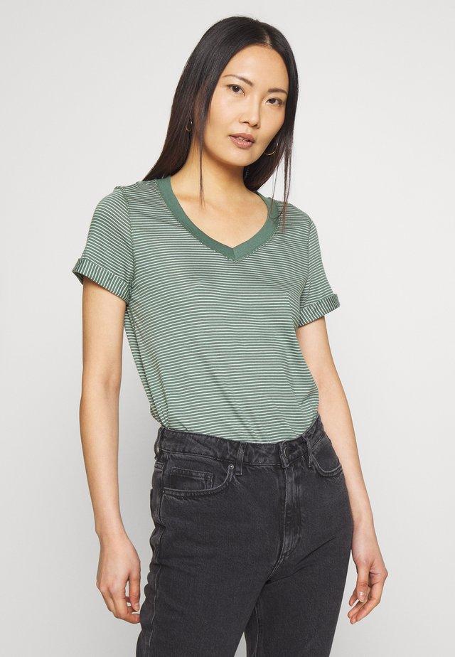 SLIM STRIPE TEE - T-shirt print - khaki green
