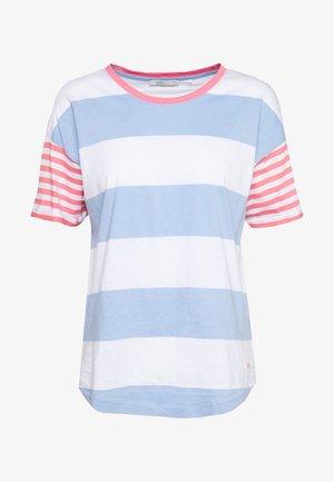 CORE OCS STRIPE - T-shirts med print - blue lavender