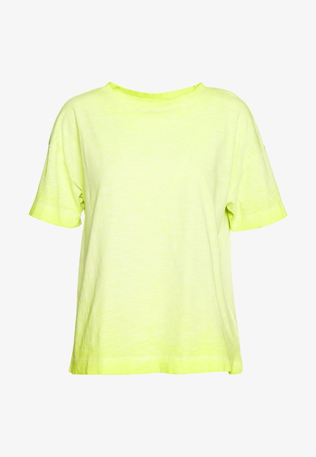 CORE CLOD - Camiseta básica - citrus green