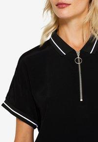 edc by Esprit - MIT ZIPPER - Poloshirt - black - 7