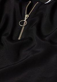 edc by Esprit - MIT ZIPPER - Poloshirt - black - 8