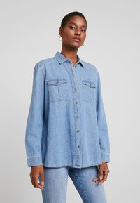 edc by Esprit - STRAIGHT FIT - Button-down blouse - blue light - 0