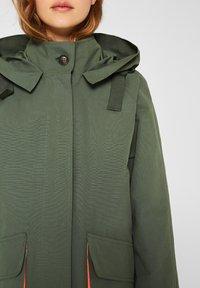 edc by Esprit - MIT NEON-FUTTER - Parka - khaki green - 3
