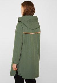 edc by Esprit - MIT NEON-FUTTER - Parka - khaki green - 2