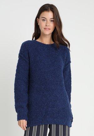 BOUCLE - Jumper - bright blue