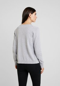 edc by Esprit - NECK - Vest - light grey - 2