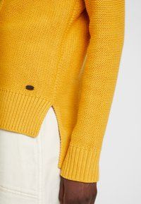 edc by Esprit - CABLE ROLL NECK - Trui - honey yellow - 3