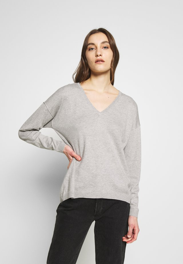 VNECK - Jersey de punto - light grey