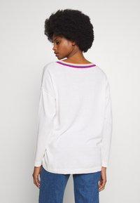 edc by Esprit - NECK ROUND - Jersey de punto - off white - 2