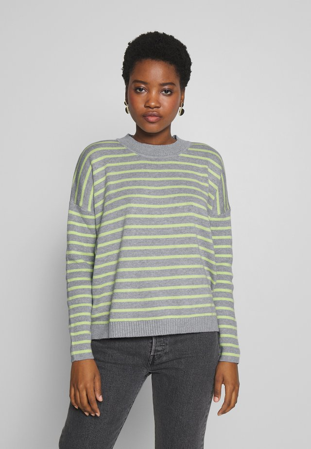 STRIPED - Sweter - light grey