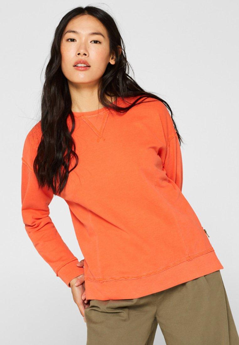 edc by Esprit - MIT OFFENEN KANTEN - Sweatshirt - orange