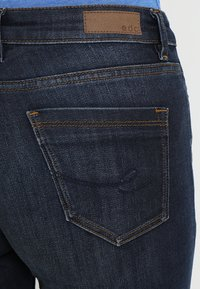 edc by Esprit - Jeansy Slim Fit - blue dark wash - 3