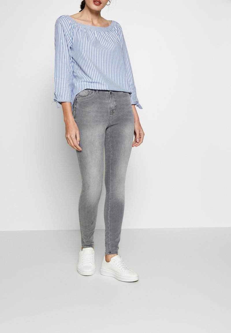 edc by Esprit - SKINNY - Jeans Skinny Fit - grey light wash