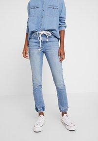 edc by Esprit - Slim fit jeans - blue light wash - 0