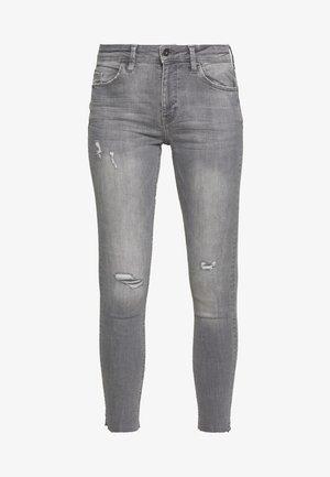 Skinny džíny - grey light wash