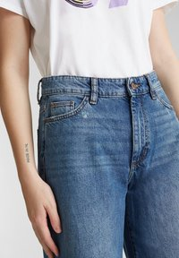 edc by Esprit - Flared Jeans - blue medium washed - 3