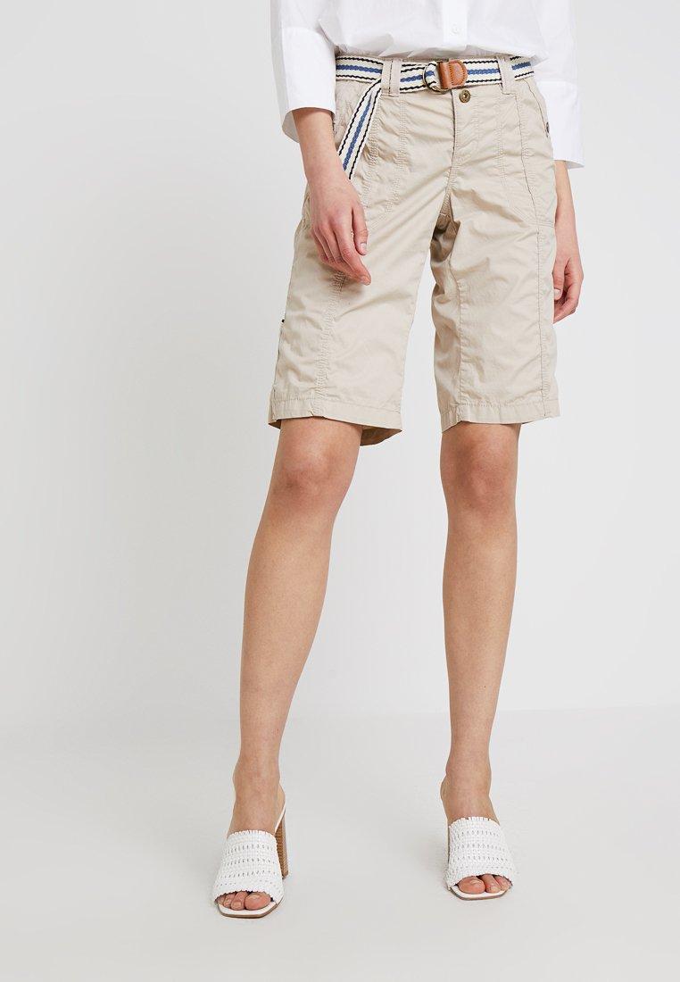 edc by Esprit - PLAY BERMUDA - Shorts - beige