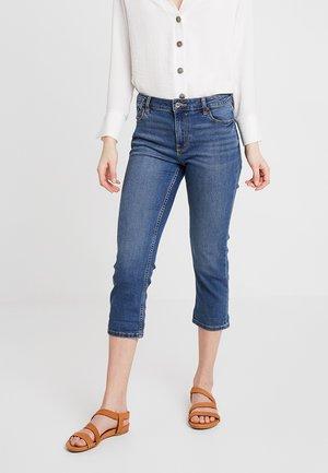 SLIM CROPPED - Short en jean - blue medium wash