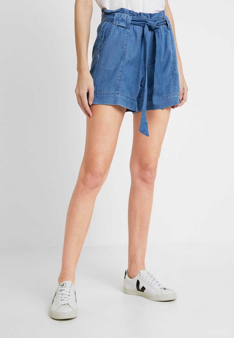 edc by Esprit - PAPERBAG - Shorts - blue medium wash