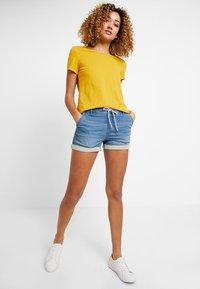 edc by Esprit - JOGG  - Denim shorts - blue medium wash - 1