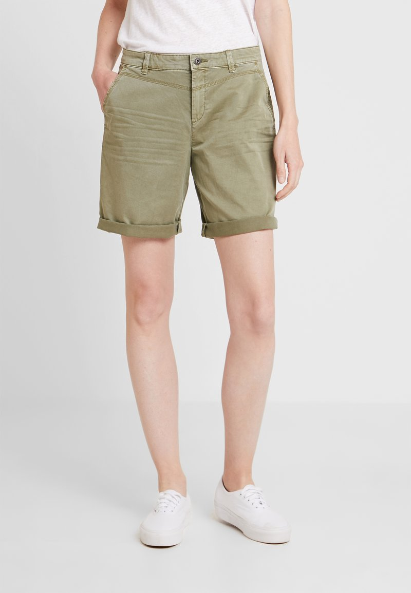 edc by Esprit - BERMUDA - Szorty - khaki green