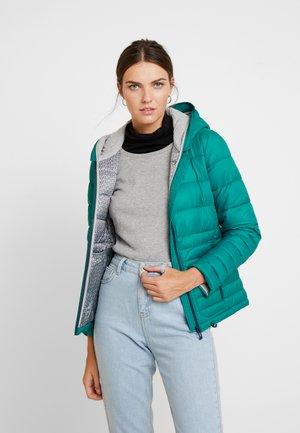 Zimní bunda - emerald green