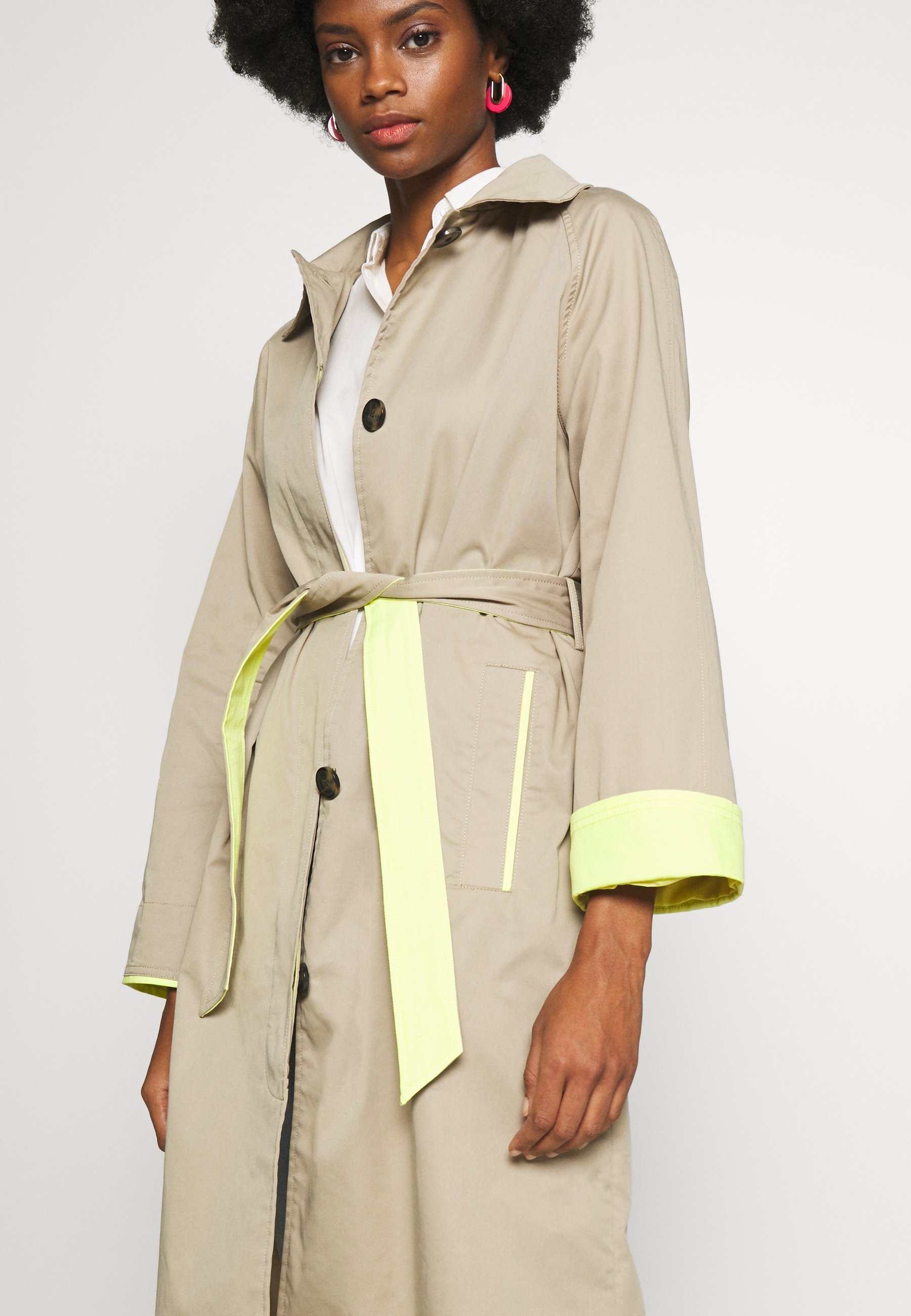 Edc By Esprit Trenchcoat - Beige