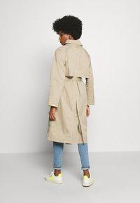 edc by Esprit - Trenchcoat - beige - 2