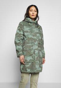 edc by Esprit - CAMOUFLAGE - Parka - khaki green - 0