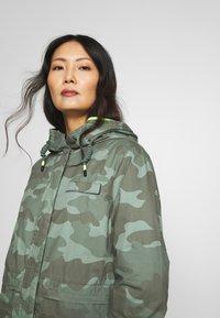 edc by Esprit - CAMOUFLAGE - Parka - khaki green - 4