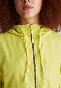 edc by Esprit - MIT MESH-FUTTER - Parka - lime yellow - 3