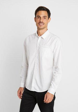MICRO SLIM FIT - Košile - white