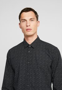 edc by Esprit - SLIM FIT - Košile - black - 4