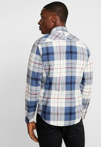 edc by Esprit - WINTER CHECK SLIM FIT - Overhemd - white - 3