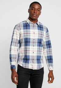 edc by Esprit - WINTER CHECK SLIM FIT - Overhemd - white - 0