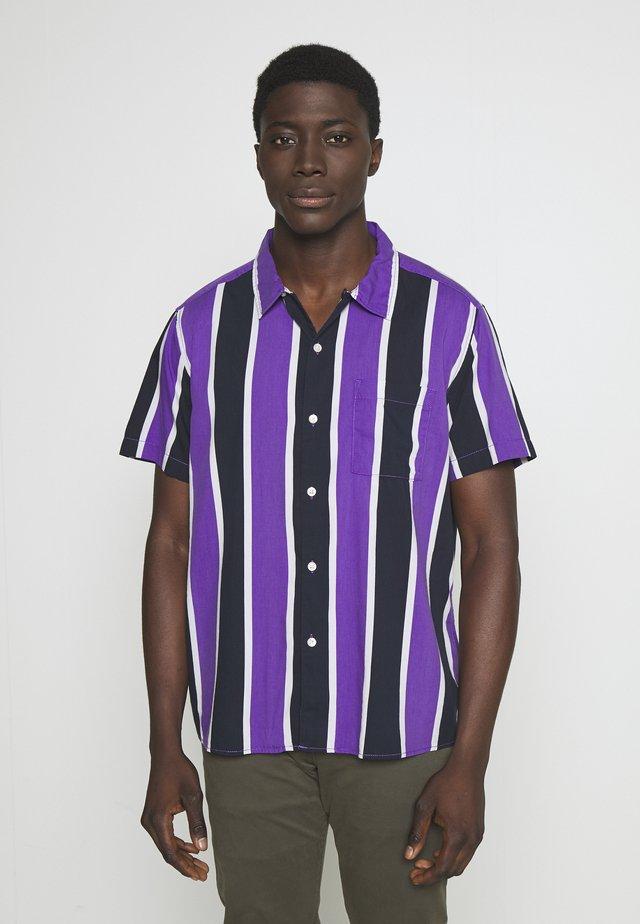 BOWLING STRIPE - Camisa - purple