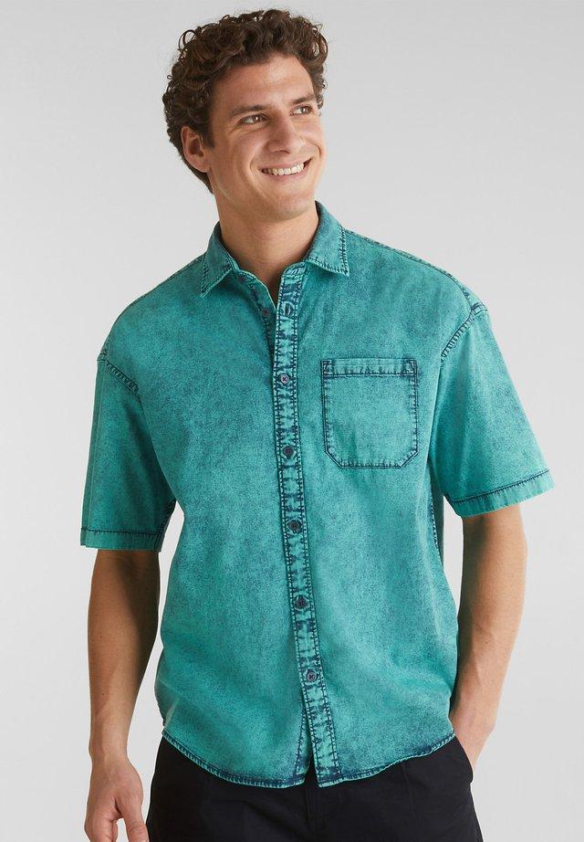 Shirt - bottle green