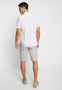 edc by Esprit - SOL  - Shorts - light grey - 2