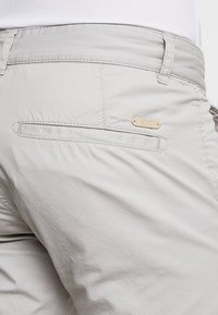 edc by Esprit - SOL  - Shorts - light grey - 5