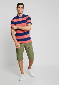 edc by Esprit - SOL  - Shorts - olive - 1