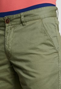 edc by Esprit - SOL  - Shorts - olive - 3