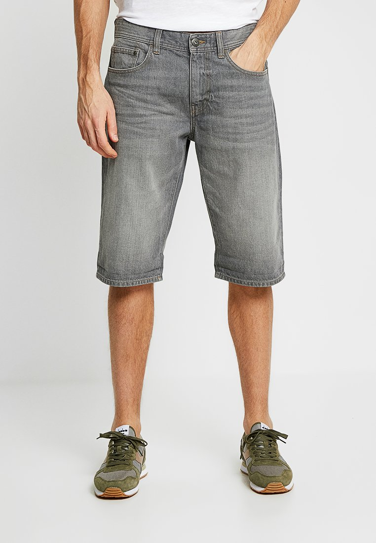 edc by Esprit - OCSSTRAIGHT FIT - Denim shorts - grey light wash
