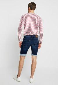 edc by Esprit - Shorts di jeans - blue dark wash - 2